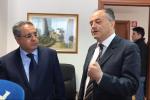 Il presidente del Tar Vincenzo Salamone e il procuratore di Catanzaro, Nicola Gratteri