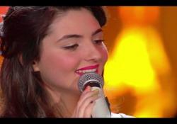 Sanremo Young: vince Tecla al fotofinish e va dritta a Sanremo Giovani La 15enne originaria di Piombino convince con l'interpretazione di «Gli uomini non cambiano» - Corriere Tv