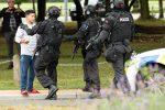 Strage in due moschee in Nuova Zelanda, 40 morti: a colpire un giovane australiano