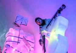 Un festival da brivido: tutti nell'igloo per i concerti con gli strumenti di ghiaccio Successo per la prima edizione dell'Ice Music Festival sul ghiacciaio Presena, uno degli appuntamenti più suggestivi del panorama musicale europeo - CorriereTV