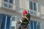 Danni per il maltempo a Catanzaro, messa in sicurezza una canna fumaria