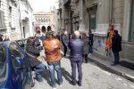 Asp di Reggio, sit in degli operatori delle strutture psichiatriche - Foto