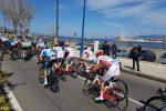Giro di Sicilia, Stacchiotti vince in volata la prima tappa Catania-Milazzo