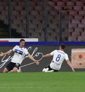 Serie A, Atalanta show al San Paolo: Napoli battuto e Champions più vicina