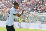 Serie A, punizione magistrale di Bruno Alves: il Parma riagguanta il Milan nel finale