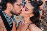 Baci e look stravaganti sotto il sole della California: le star italiane al Coachella