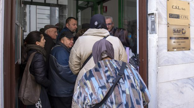 campania, inps, reddito di cittadinanza, sicilia, Sicilia, Economia