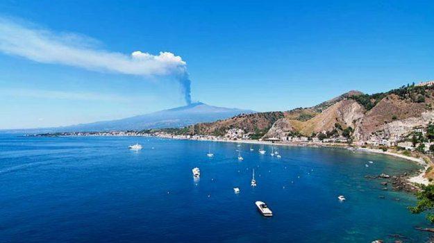crociere, giardini naxos, Messina, Sicilia, Economia