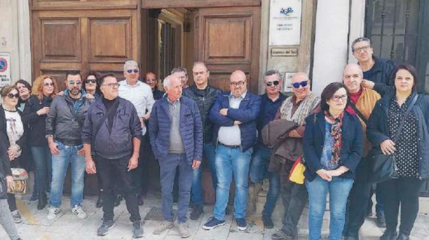 lavoratori senza stipendio, reggio, residenze psichiatria, Reggio, Calabria, Economia