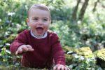 Il principino Louis compie 1 anno, diffuse nuove foto del terzogenito di William e Kate