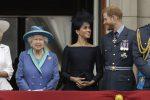 La regina Elisabetta compie 93 anni, ma è giallo sulla nascita del royal baby di Harry e Meghan