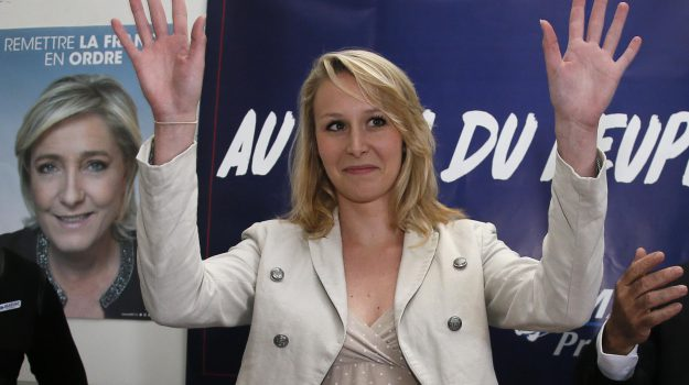 Marion Le Pen, Cosenza, Calabria, Cronaca