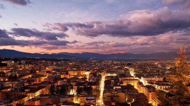 reddito di cittadinanza, Cosenza, Calabria, Economia