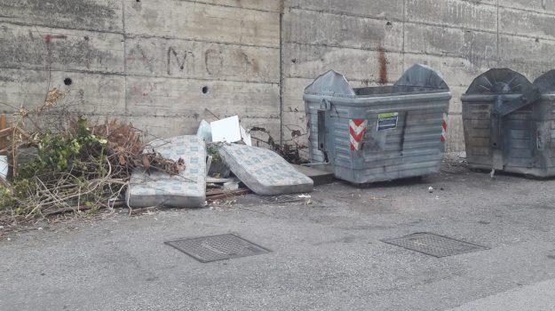 barcellona, rifiuti, Messina, Sicilia, Cronaca