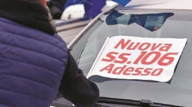 catanzaro, cittadella, protesta, statale 106, strada della morte, Antonio Bevilacqua, Catanzaro, Calabria, Cronaca