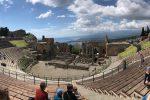 Dal teatro Antico alla mostra di palazzo Ciampoli, a Taormina siti aperti anche Pasquetta