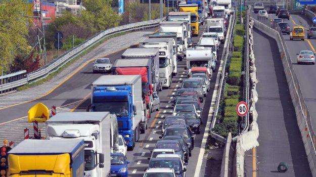 autostrade, esodo pasquale, traffico, Sicilia, Cronaca