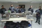 Fiumi di cocaina al porto di Gioia Tauro, sequestrato carico da 450 chili: vale 90 milioni