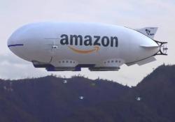 Amazon distribuisce pacchi con il dirigibile? Il falso che fa paura al web Commenti sui social: «La fine del mondo è vicina...» - Corriere Tv