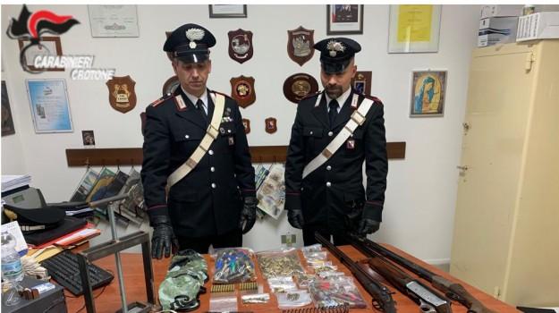 armi, isola di capo rizzuto, Catanzaro, Calabria, Cronaca