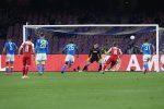 Il Napoli saluta l'Europa League, l'Arsenal vince anche al San Paolo