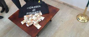 Un sistema per truccare le aste giudiziarie a Lamezia, 12 arresti: coinvolti avvocati, funzionari giudiziari e commercialisti - Tutti i nomi