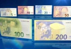 Bce, ecco le nuove banconote (da 100 e 200 euro) resistenti a tutto Entreranno in circolazione il prossimo 28 maggio - LaPresse