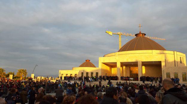 beatificazione, miracoli, natuzza evolo, Catanzaro, Calabria, Cronaca