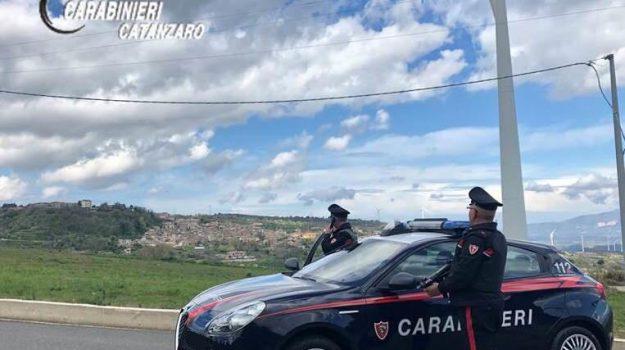 carabinieri, cortale, stalking, Catanzaro, Calabria, Cronaca