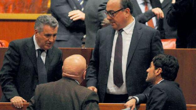 calabria, elezioni, parità di genere, Mario Oliverio, Nicola Irto, Calabria, Politica