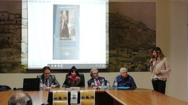 pasqua, Catanzaro, Calabria, Cultura