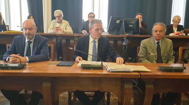 assessore marco falcone, baracche risanamento, messina, marco falcone, Messina, Sicilia, Politica