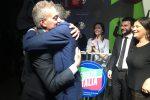 L'abbraccio tra Gianluca Gallo e Roberto Occhiuto
