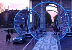 La stazione di ricarica del futuro Alla Milano Design Week l'Audi presenta un'avveniristica struttura che proietta nel futuro (prossimo) della mobilità elettrica - CorriereTV