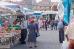 Lamezia, lento declino per i mercati rionali: gli ambulanti si sono dimezzati