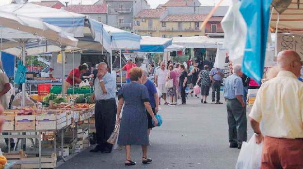 lamezia, mercato rionale, Catanzaro, Calabria, Economia