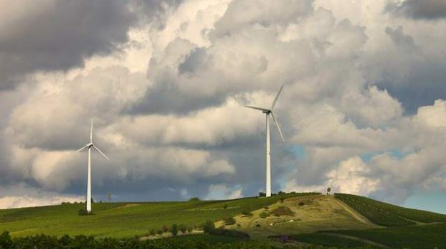 parchi eolici catanzaro, provincia di catanzaro, Catanzaro, Calabria, Economia