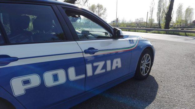 arrestata donna, detenzione spaccio eroina, viale isonzo catanzaro, Catanzaro, Calabria, Cronaca
