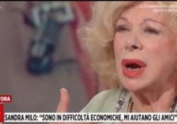 Sandra Milo in lacrime: «Non ho più nulla, mi hanno requisito il contro in banca» L'attrice ospite di 'Storie Italiane' ha raccontato disperata i problemi col Fisco: «Persone nella mia condizione si sono uccise» - LaPresse
