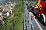 Suicidio in autostrada tra Pizzo e Vibo, uomo si getta da un viadotto dell'A2 e muore