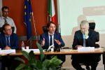 Inps, il presidente Tridico a Crotone risponde alle critiche sui contributi - Video