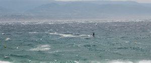 Messina flagellata dal vento di scirocco, raffiche fino a 112 chilometri orari