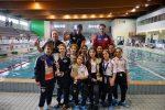 Record e medaglie per i piccoli campioni della Vibo nuoto - Foto
