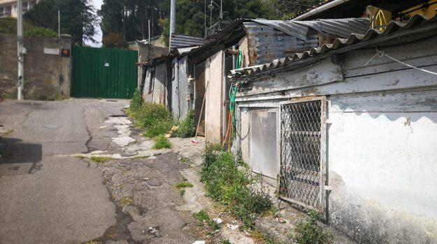baracche messina, Cateno De Luca, pietro navarra, Messina, Sicilia, Politica