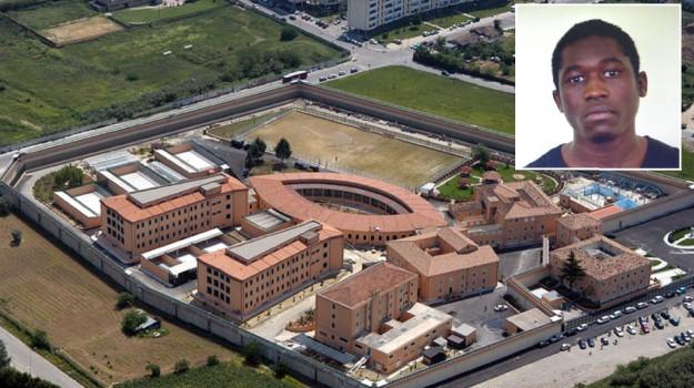 carcere cosenza, evaso cosenza, Aldo Di Giacomo, Amadou Coulibally, Mario Spagnuolo, Cosenza, Calabria, Cronaca