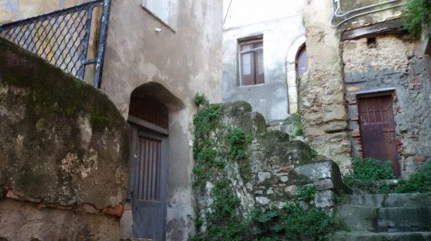 cirò, inps, truffa anziana, Catanzaro, Calabria, Cronaca