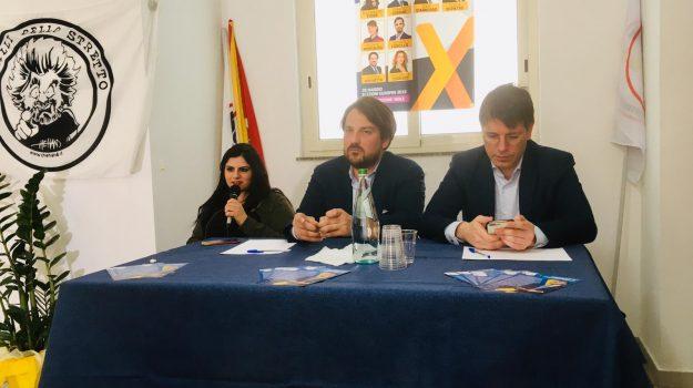 elezioni europee, m5s, Antonio Brunetto, Flavia Di Pietro, Francesco D'Uva, Ignazio Corrao, Messina, Sicilia, Politica