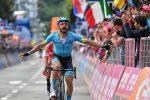 Giro d'Italia: acuto di Cataldo a Como, Carapaz resta in rosa e allunga su Roglic
