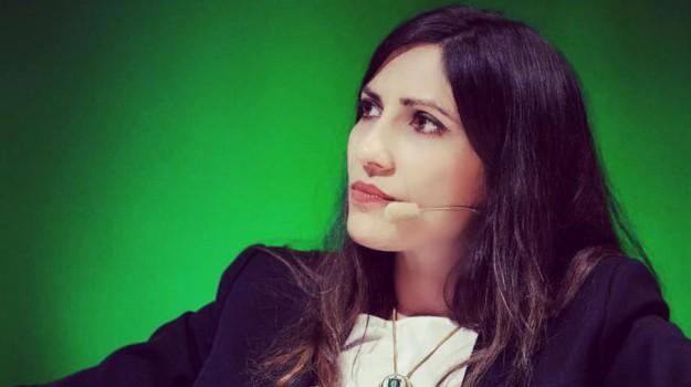 libro, Prove di felicità, Eliana Liotta, Sicilia, Cultura