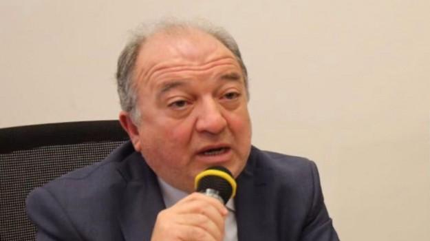 sanità, Franco Pacenza, Mario Oliverio, Calabria, Economia